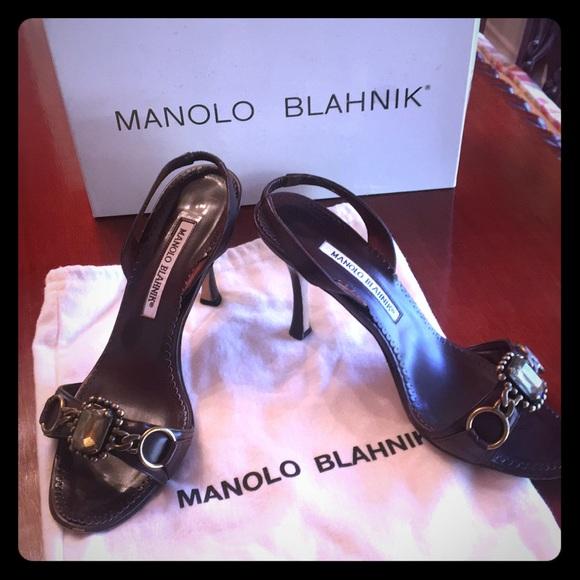 b3c7c2422ae4 Manolo Blahnik sling back heels. M 5bf042091b3294b7bee687e3
